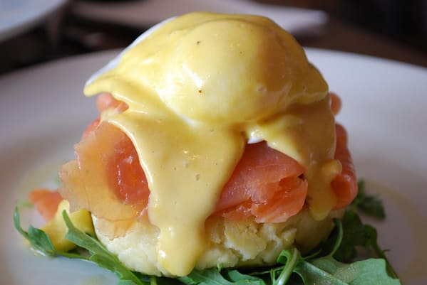 sauce hollandaise blender